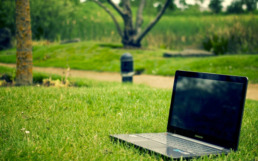 3 Reasons why you should replace your desktop PC with a laptop